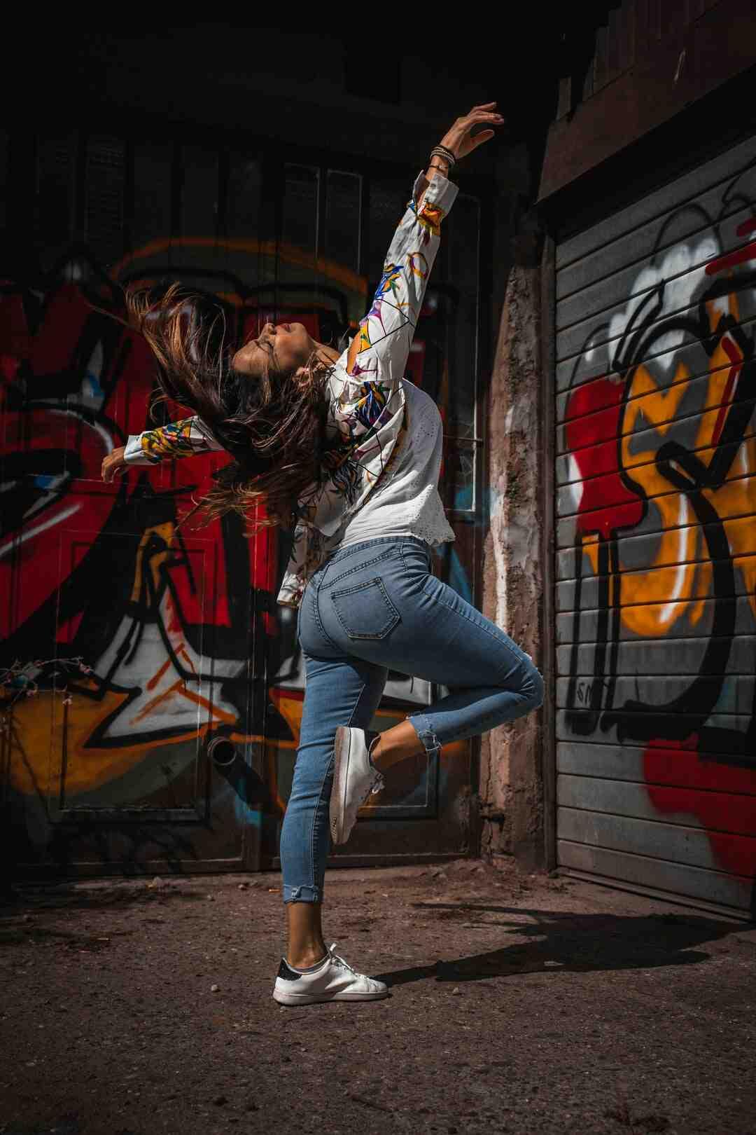 Danse : Lékiné Comment apprendre à danser